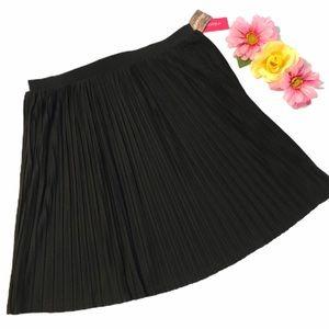 XHILARATION Skirt Black Pleated Mini Skater NWT